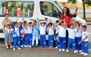 Un Bibliobús para que los niños lean la ciudad