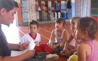 Zumba que zumba: cantos y cuentos de niños para niños