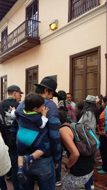 Recorridos con familias por el centro histórico de la ciudad. Museo de Bogotá. 2015.