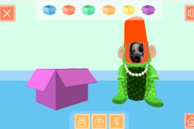La perrita Calma también quiso jugar con la aplicación.