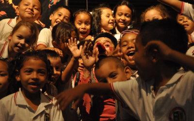 Guías de uso: Rondas y cantos Maguaré para jugar con los niños