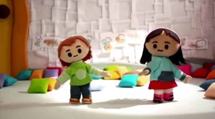Camusi Camusi ha sido ganadora y finalista en diferentes concursos internacionales, entre ellos Lápiz de Acero 2014 (categoría animación), Prix Jeunesse Internacional 2014 (Munich, Alemania), Japan Prize 2014 (categoría preescolar, Tokyo) y ComKids 2015 (Sao Paulo, Brasil).