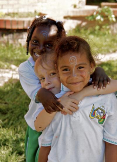 Los relatos narrados por los niños en este proyecto se convierten evidentemente en una memoria de paz del territorio.