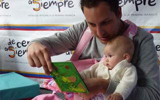 Léele a tu bebé desde el vientre materno