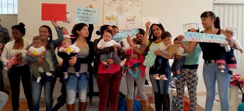 Grupo de la Fundación Arka durante uno de los talleres.