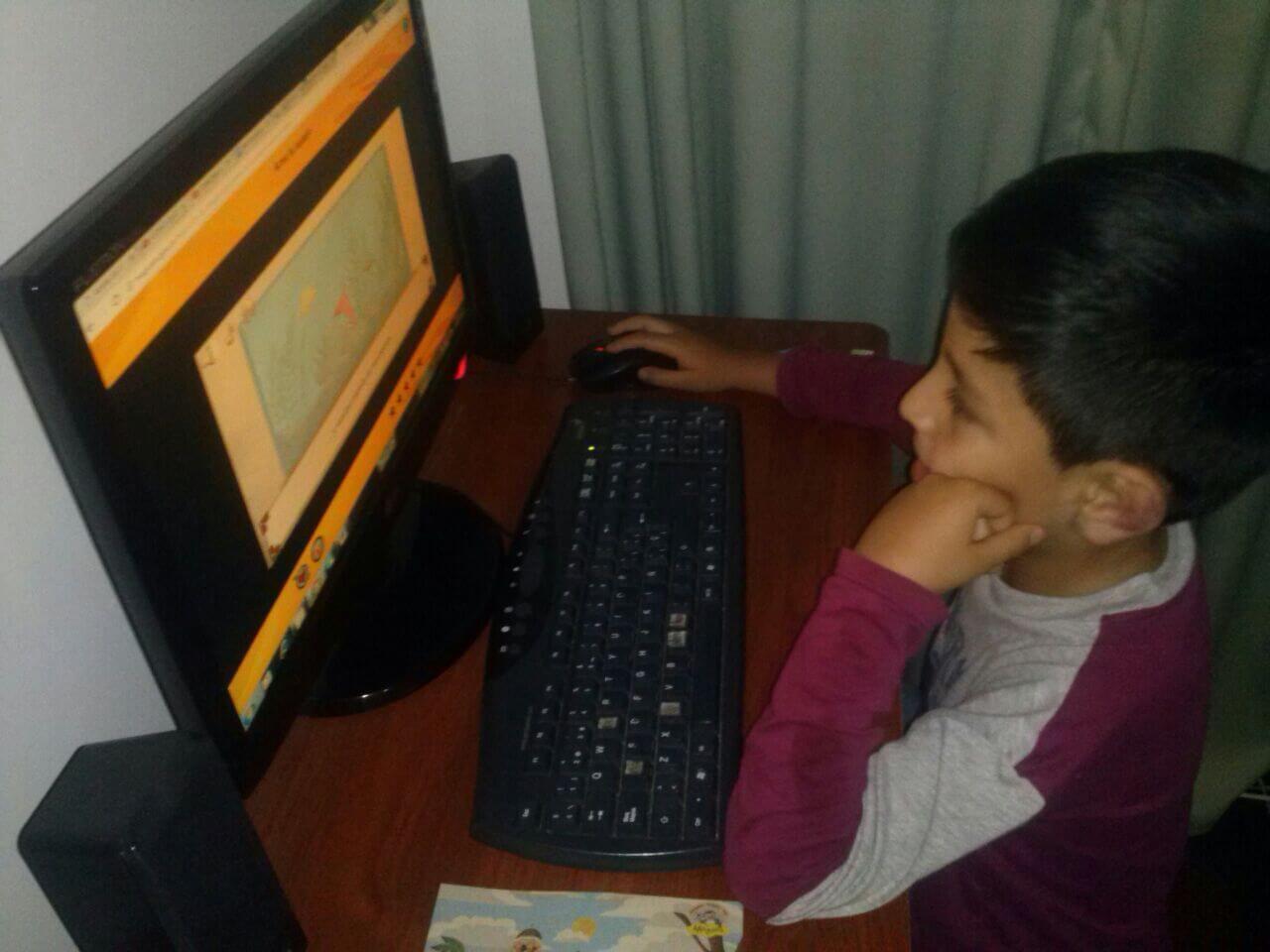 Juegos, aplicaciones, música y videos para niños de homeschoolingo o educación en casa