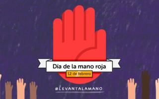 ¡Levantemos nuestra mano roja!