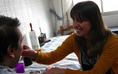Ser cuidadora: el crecimiento emocional a través de los cuidados