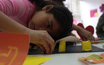 Infancia, arquitectura y la Plaza de la hoja: una experiencia de Lunárquicos