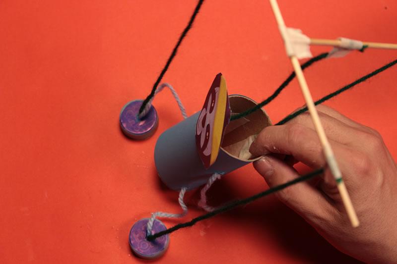 Paso 16 - Tutorial ¿Cómo hacer una marioneta de hilos?